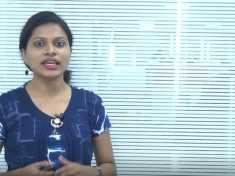 സാരി ഉടുത്ത്,ബാരിക്കേഡ് ചാടി കടന്ന് പ്രിയങ്ക