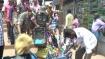 മൂന്നാറില് വഴിയോര കച്ചവടക്കാര്ക്ക് കടിഞ്ഞാണ്; പാതയോരം കൈയ്യേറി കച്ചവടം നടത്തിവരെ ഒഴിപ്പിച്ചു!!