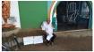 സതീശൻ പാച്ചേനി രാജിവയ്ക്കണമെന്നാവശ്യപ്പെട്ട് കോണ്ഗ്രസ് പ്രവര്ത്തകന് കുത്തിയിരുപ്പ് സമരം നടത്തി
