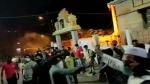 കയ്യടിക്കേണ്ട മാതൃക..! ബംഗളൂരുവിലെ സംഘര്ഷത്തിനിടെ ക്ഷേത്രത്തിന് കാവലിരുന്ന് മുസ്ലീങ്ങൾ, വീഡിയോ വൈറൽ