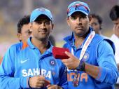 അടിക്കണാ നിനക്കടിക്കണാന്ന്.. ധോണിച്ചേട്ടനും കിംഗ് യുവരാജിനും സെഞ്ചുറി, ഇന്ത്യ ആറിന് 381!