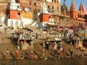 ഹിന്ദുമതത്തോടൊപ്പം വിദേശ പൗരന് ഇന്ത്യയില് സന്യാസ ദീക്ഷ സ്വീകരിച്ചു