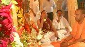 അയോധ്യയിലെ താല്ക്കാലിക രാമക്ഷേത്രം ഭക്തര്ക്കായി തുറന്നു, ഒപ്പം തിരുപ്പതിയും; മഥുരയിലെ ക്ഷേത്രങ്ങള് തുറന്നില്ല