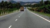 നാടുകാണി-പരപ്പനങ്ങാടി റോഡ് നവീകരണം പാതിവഴിയില്; ദുരതത്തിലായി യാത്രക്കാര്