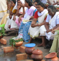 Lakhs offer pongala at Attukal Temple