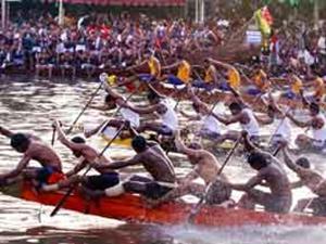 Kerala Nehru Trophy Boat Race Face Trouble Aid