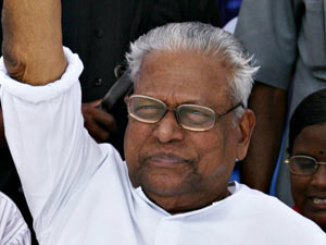 Cpm Avoids Action Against Vs Achuthanandan