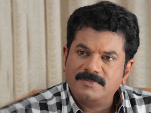 Mukesh Takes A Dig At Sreenivasan