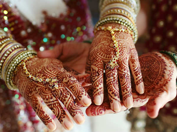 Lover Threaten Groom Run Away One Day Before Marriage