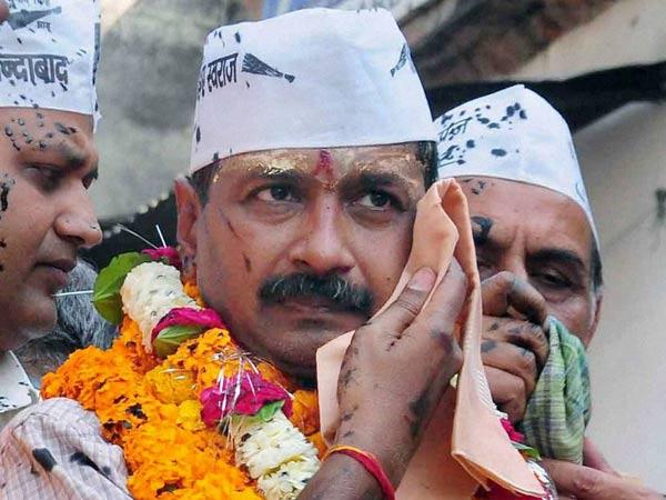 Aap Rift Arvind Kejriwal Is Doing A Misbah Ul Haq