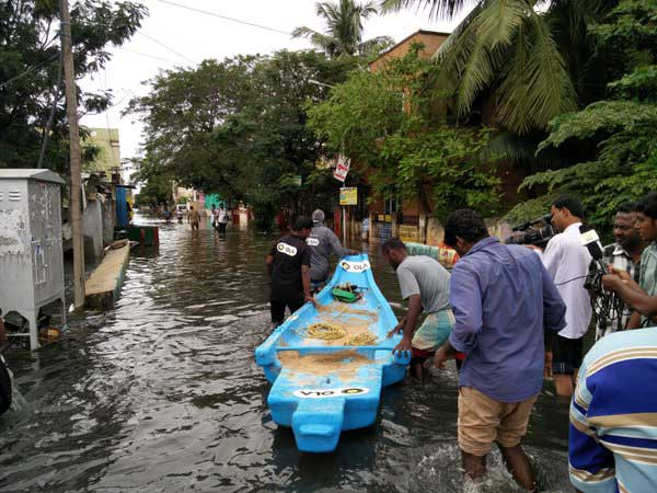 Chennai Ola Launches Boat Service Flood Affected Area
