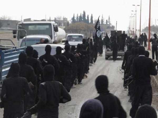 Isis Militants Dress As Women Escape Ramadi