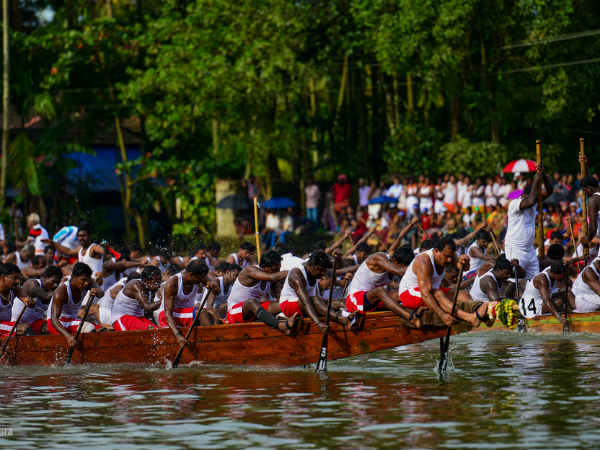 Th Nehru Trophy Boat Race Karichil Chundan Win