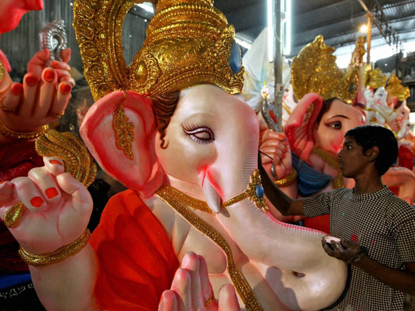 Four Men Try Drown Cop After Over Ganesh Idol Immersion Maharashtra