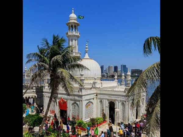 Haji Ali Dargah Grant Access Women