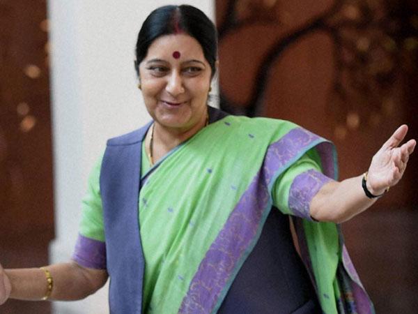 Sushma Swaraj Steps To Help Pak Bride Travel India Wedding