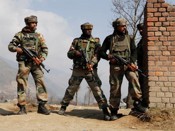 Pakistan Says At Least Pak Civilians Killed Injured Indian Shelling