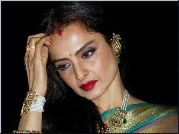 Last Tango In Paris Like Incident Occurred In Rekha S Debute Movie