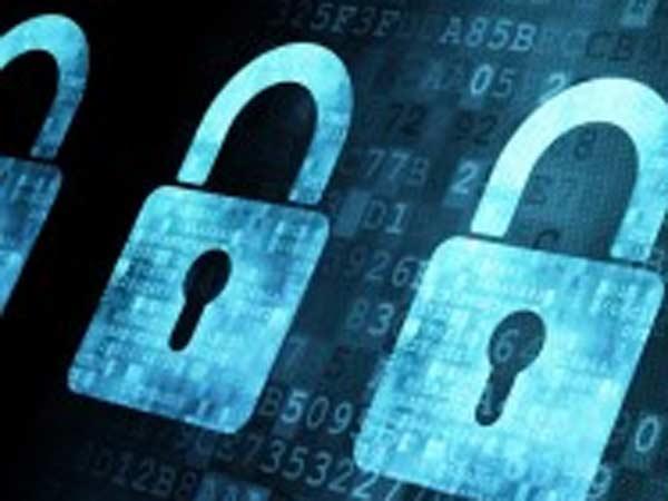 Indian Hackers Haked Pak Website
