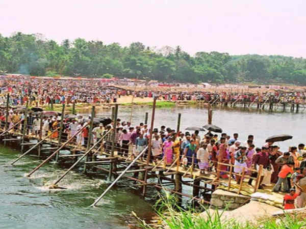 Protest Against Women Ban In Maramon Convention