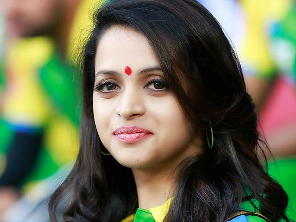 Film Fraternity Express Their Support To Bhavana