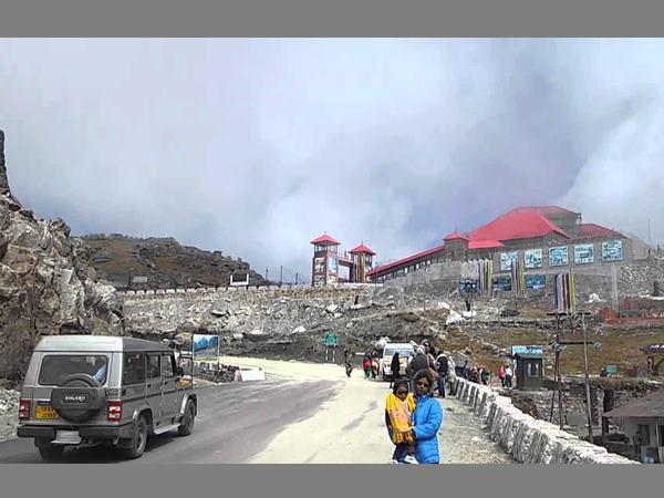 China Clears Reason Behind Mansarovar Pilgrims Through Nathu La Pass