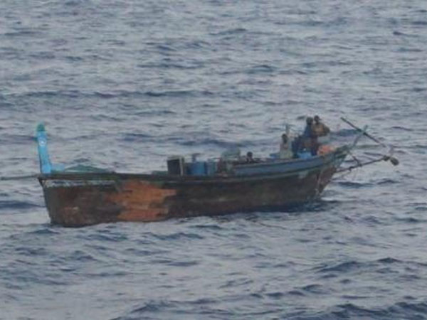 Ship Hit In Boat Three Arrested