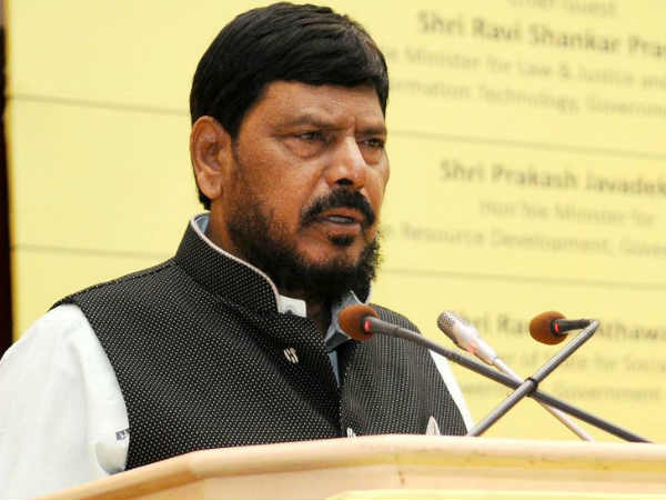 Amid Beef Ban And Mob Attacks Central Govt Minister Says Everyone Has The Right To Eat Beef