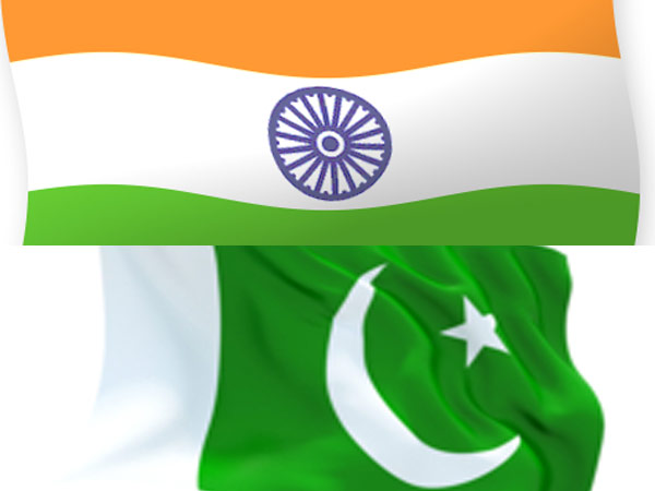 Pakistan Decides Go One Up On India Hoists Taller Flag