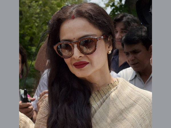 Actress Regha May Be Join Bjp