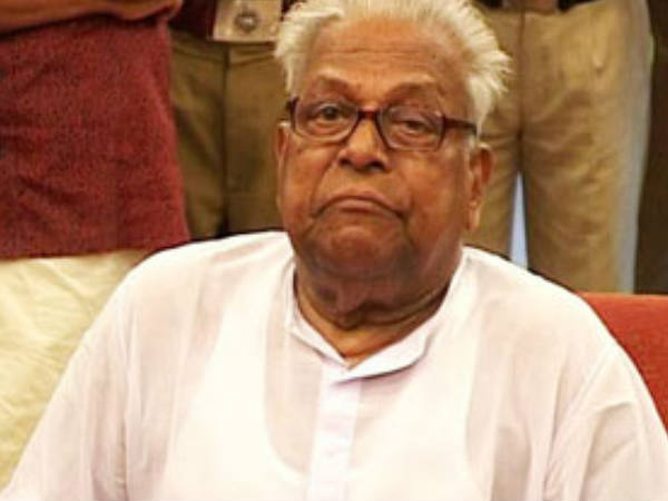 Vs Achuthanandan S Comments About Congress Leaders