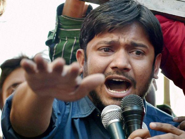 Bjp Activists Throw Rotten Eggs At Kanhaiya Kumar In Bengal