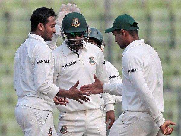 Bangladesh Australia 1st Test Day 2 Mirpur Aussies All Out