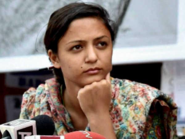Shehla Says Dissertation Rejected Over Aadhaar