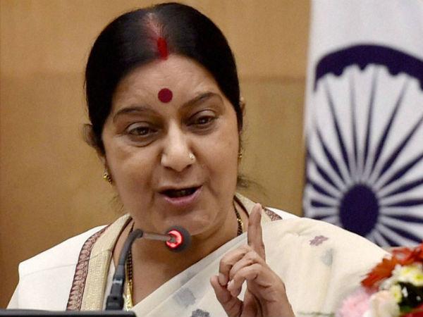 Sushma Swaraj Asked To Rescue Man From Jab Harry Met Sejal