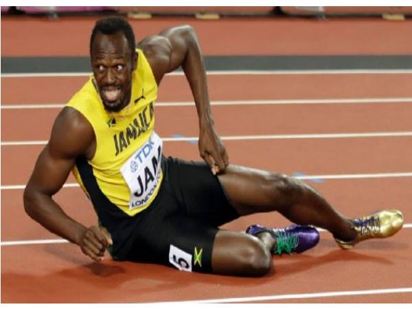 Usain Bolt S Last Race Ends Disaster As He Limps Injured