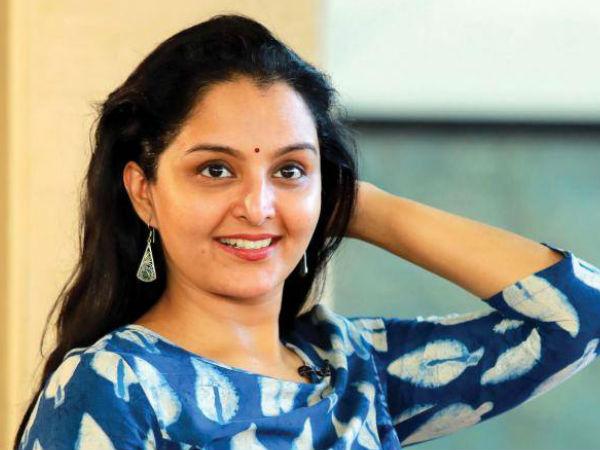 Bhagyalakshmi Supports Manju Warrier In Ramaleela Issue