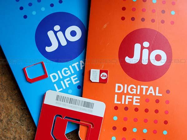 Jio Slashes Price Jiofi M2s 4g Hotspot 50 Percent Festive Celebration Off