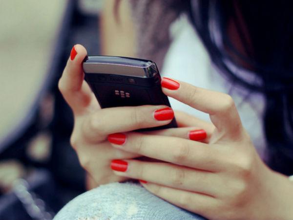 Fraud Is Going On The Name Aadhaar Mobile Number Linking Ke