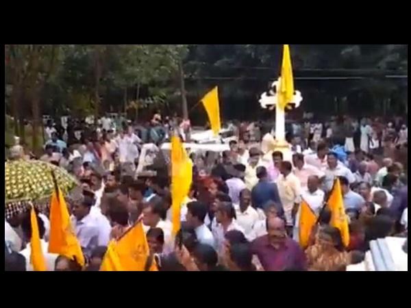 Orthodox Catholicos Blocked By Jacobites