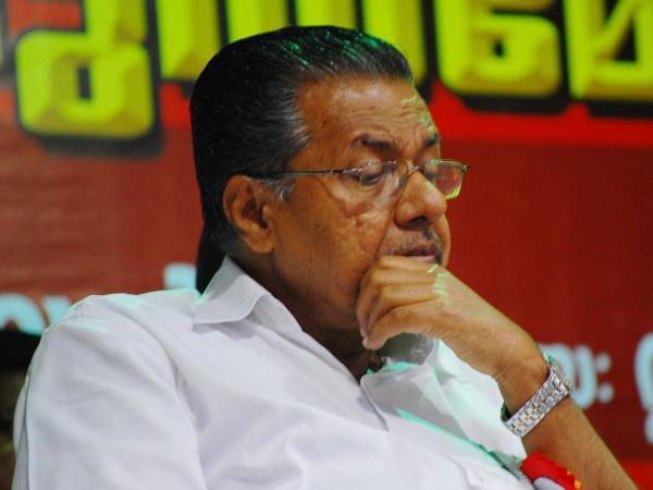 Pinarayi Criticise Journalist And Media News