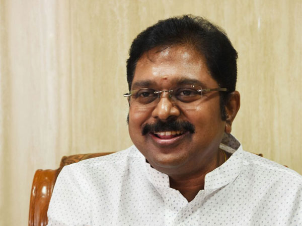 Sasikala Got Only A Couple Of Minutes A Day With Amma In Apollo Ttv Dhinakaran