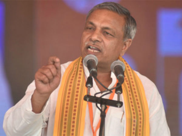 Construction Of Grand Ram Temple At Ayodhya Will Begin In 2018 Vhp