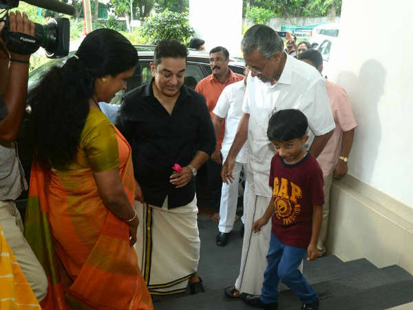 Kamal Haasan Salutes Pinarayi Vijayan In Twitter
