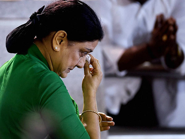 Sasikala S 5 Day Parole Ends Return Bengaluru Jail Today