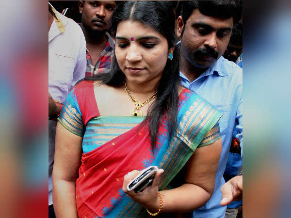 Police To Investigate About Saritha Nairs Complaint