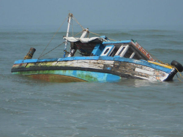 Boat Sink By Hit Ship In Beypore Cost