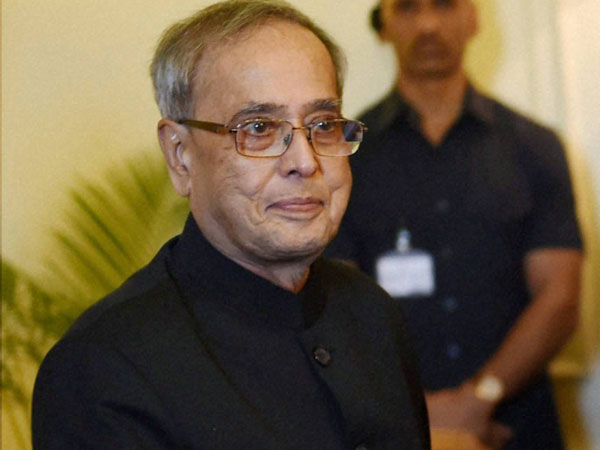 Thought Sonia Gandhi Would Make Manmohan Singh President I Could Be Pm Pranab Mukherjee