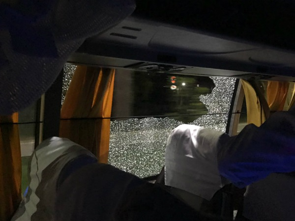 Shameful Stone Thrown At Australian Team Bus Guwahati
