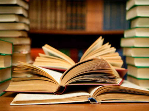 Student Collects 432 Books Via Fb Drive